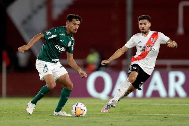 Palmeiras finalista de la Libertadores pese a caer 2-0 con River
