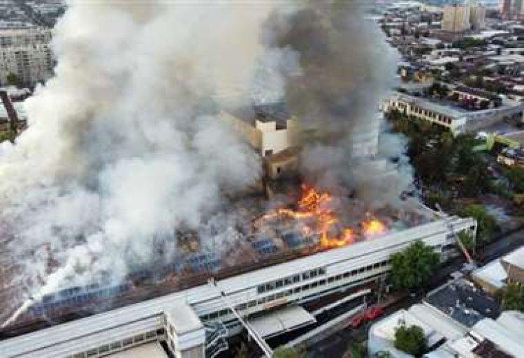 Incendio en un hospital de Santiago de Chile obliga a evacuar a personal y pacientes