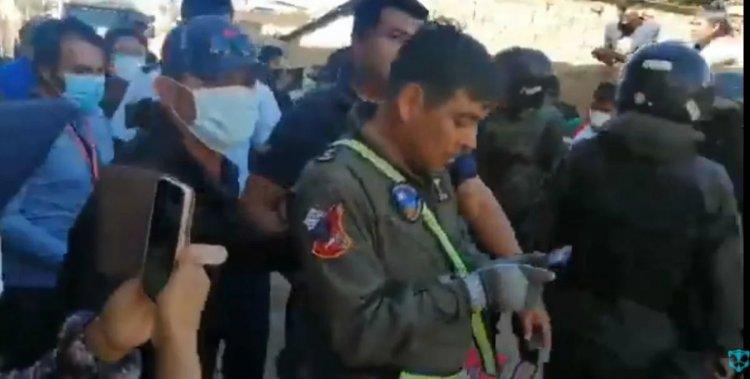 Juez dispuso medidas sustitutivas para pilotos del accidente aéreo en Sacaba