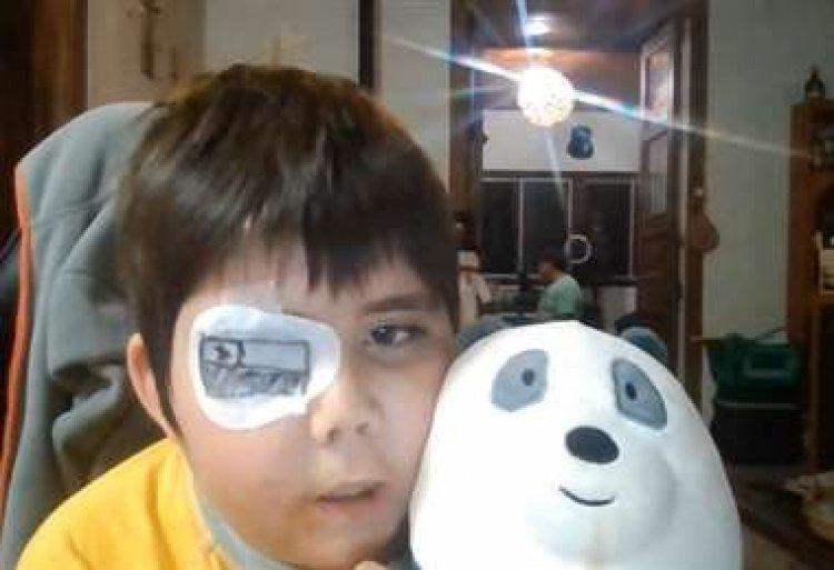 Niño con cáncer cumple el sueño de convertirse en un youtuber famoso y consigue 6,6 millones de suscriptores