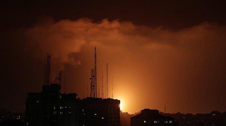 Israel bombardea la Franja de Gaza en respuesta los cohetes de Hamás