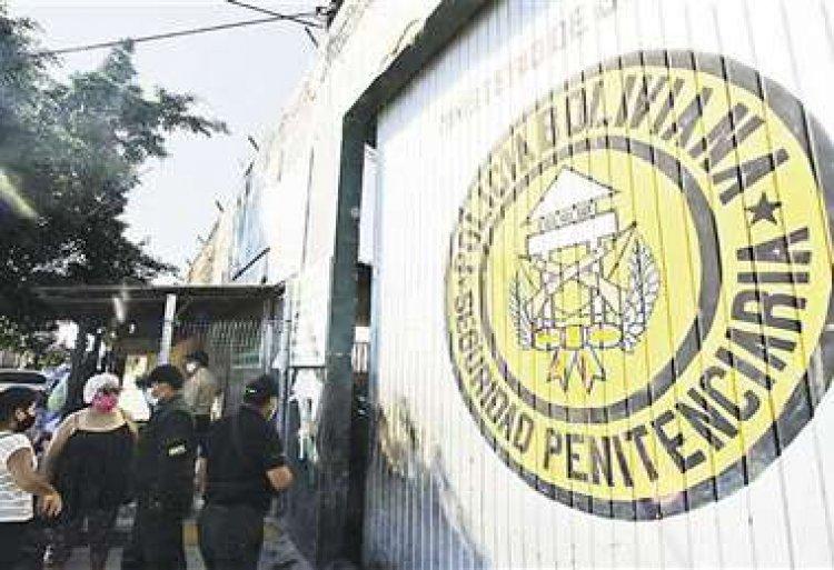 Mujer que mató a su hija fue sedada luego de que intentó suicidarse en Palmasola