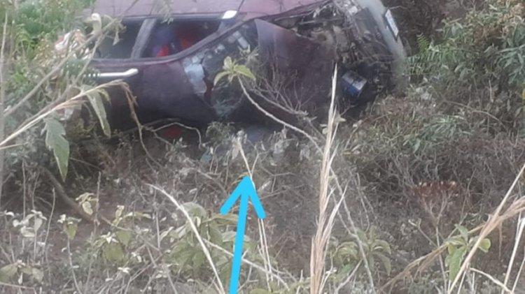 Muere un profesor en Villa Charcas al embarrancarse con su vehículo en la ruta Valle Flores-Santa Elena