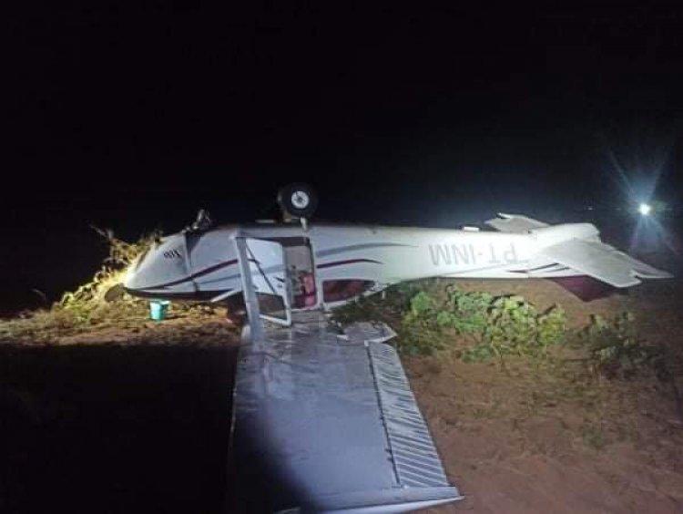 Disparan a avioneta salida de Bolivia que invadió espacio aéreo de Brasil y tenía 296 kg de cocaína