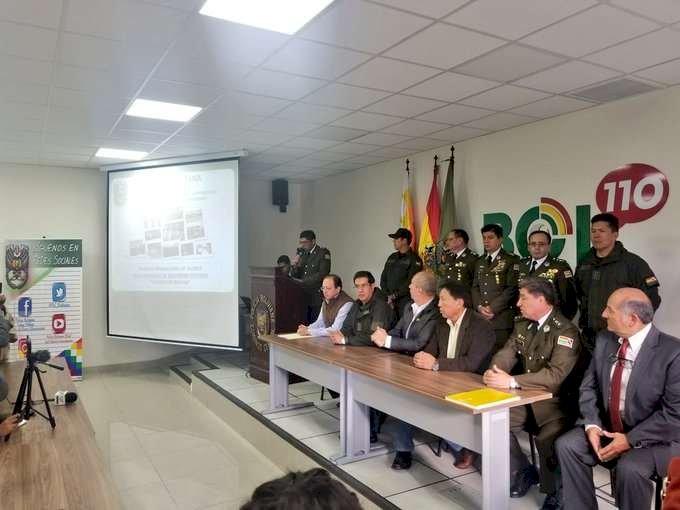 Policía lanza el plan de seguridad 'Todos por Bolivia'