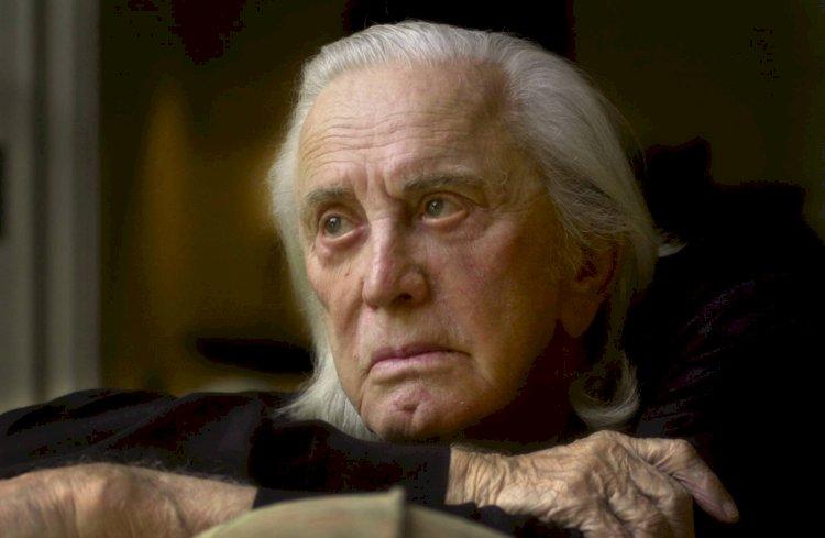 Muere Kirk Douglas, la última gran estrella del viejo Hollywood, a los 103 años.