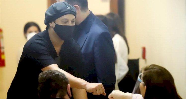 Ronaldinho recupera la libertad después de 6 meses detenido en Paraguay